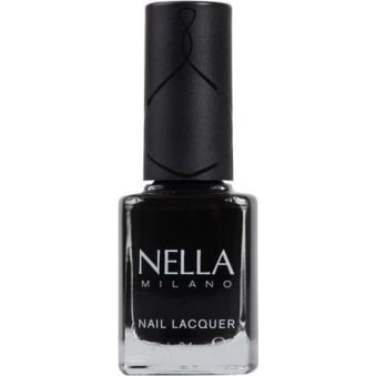 Effortlessly Stylish Nail Polish - Raven Wing 12ml (NM01)
